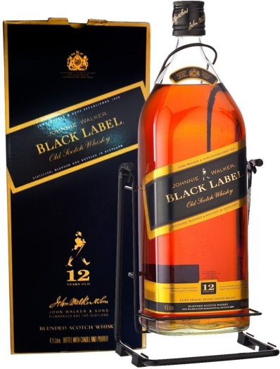 Johnnie Walker J.W. Black Label Whiskey Gift Set 4.5L