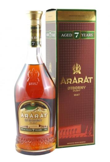 ArArAt Otborny 7 YO 40% 0.7L