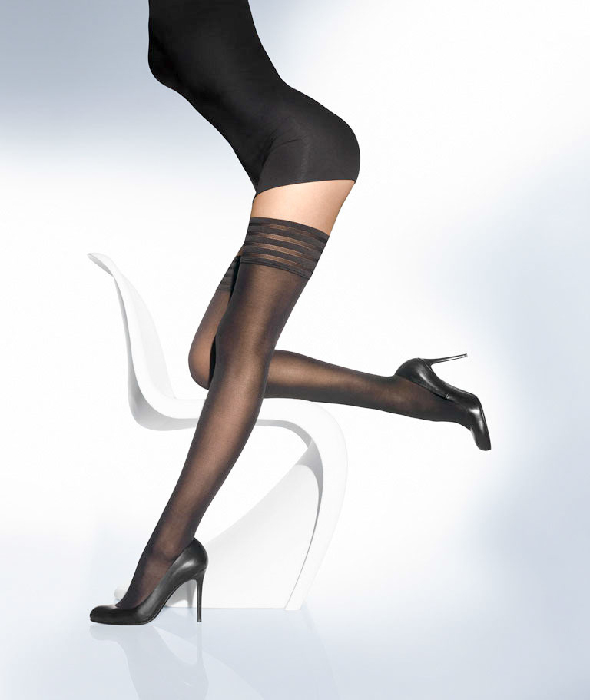 Wolford Velvet de Luxe 50 Stay-Up XS