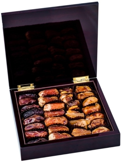 Bateel Dark Wood Square Box Mix Dates Small 335g